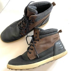 ALDO Waterproof Lace Up Mid Ankle Boots Sz 10